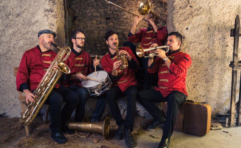 BANDASTORTA CIRCUS … Musica!